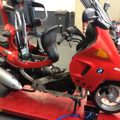 BMW C1 Roller Reparatur